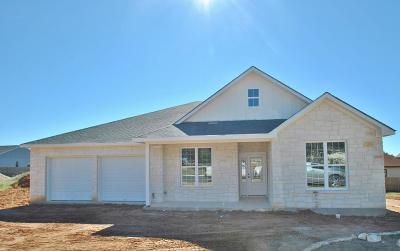 Fredericksburg TX Single Family Home Under Contract W/Contingencies: $305,000