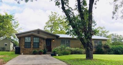 Fredericksburg TX Single Family Home For Sale: $249,900