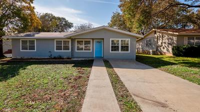 Gillespie County Single Family Home For Sale: 327 W Nimitz St