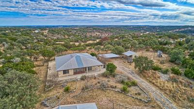 Kerr County Single Family Home For Sale: 135 S Coultress