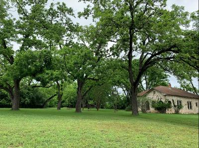 Single Family Home For Sale: 602 W Travis St