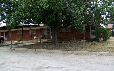 Llano Single Family Home Under Contract: 1600 Berry St