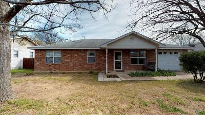 Fredericksburg Single Family Home For Sale: 713 Dawn