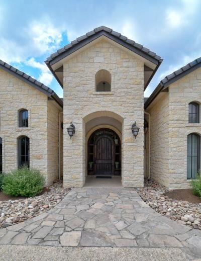 Kerrville Single Family Home For Sale: 3504 Comanche Trace Dr.