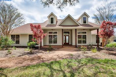 Gillespie County Single Family Home For Sale: 272 Schaper Rd