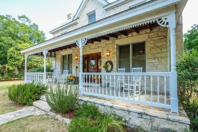 Gillespie County Single Family Home For Sale: 112 E Morse St