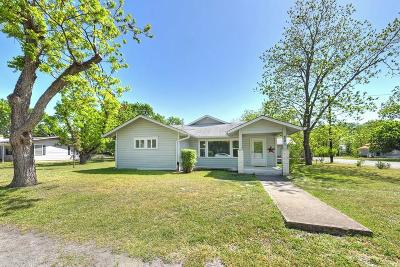 Kendall County Single Family Home Under Contract W/Contingencies: 201 Main St