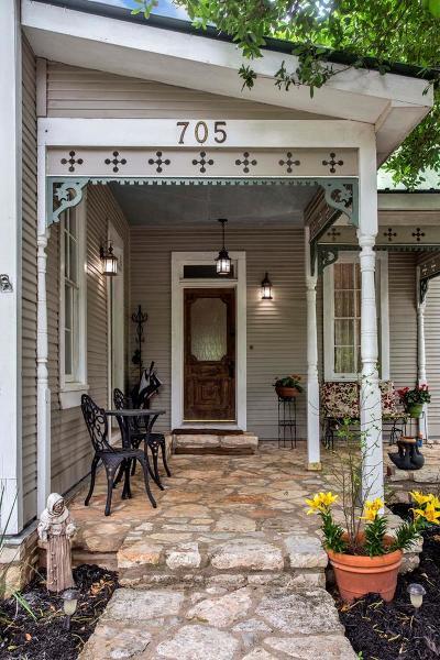 Fredericksburg Single Family Home Under Contract W/Contingencies: 705 N Adams St