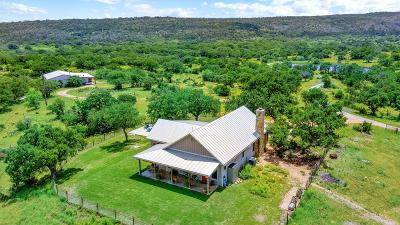 Blanco County Single Family Home For Sale: 4399 Althaus-Davis Rd.