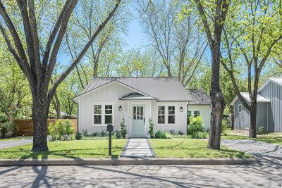 Fredericksburg Single Family Home For Sale: 413 W College St