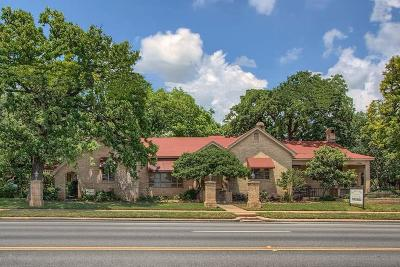 Gillespie County Single Family Home For Sale: 604 S Washington St