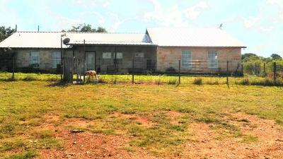 Llano Single Family Home For Sale: 590 Wayne Rd