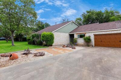 Fredericksburg Single Family Home For Sale: 212 Driftwood Dr