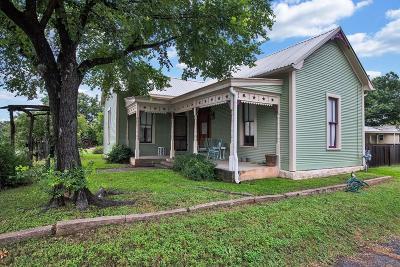 Fredericksburg Single Family Home For Sale: 307 S Creek St