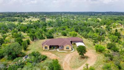 Llano Single Family Home For Sale: 114 E Riverside Dr