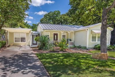Fredericksburg Single Family Home For Sale: 110 Beverly Dr