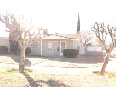 Single Family Home For Sale: 5800 Delta Drive