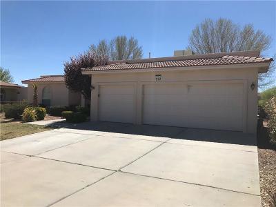 Single Family Home For Sale: 712 Scott