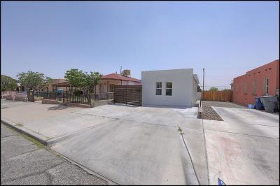 Single Family Home For Sale: 2618 Porter Avenue