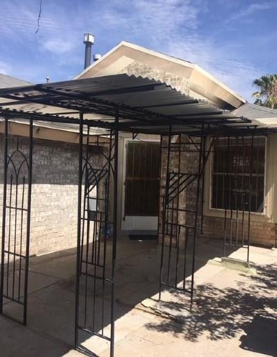 Single Family Home For Sale: 721 Medina Street