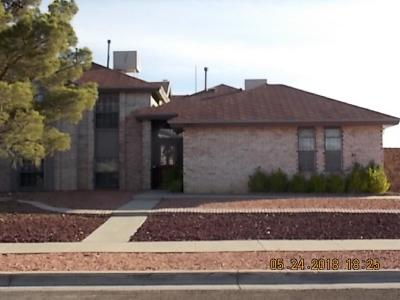 El Paso TX Single Family Home For Sale: $249,000