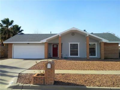 Single Family Home For Sale: 1683 Bing Crosby