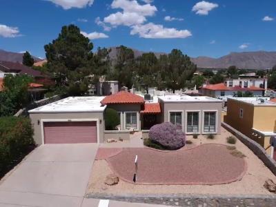 Single Family Home For Sale: 880 Hempstead Drive