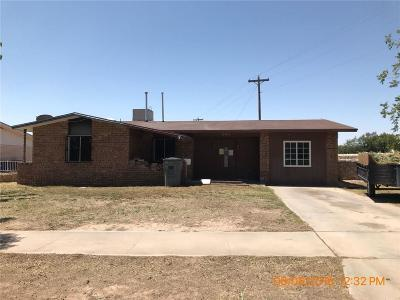 Single Family Home For Sale: 8494 Arboleda Drive
