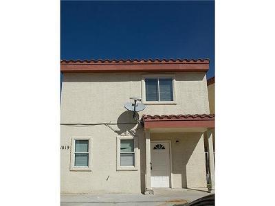 Single Family Home For Sale: 11019 Aqua Ct