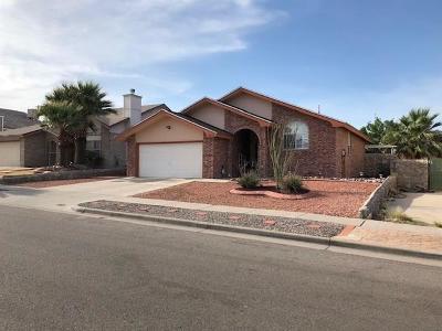 Single Family Home For Sale: 12072 Chato Villa Drive