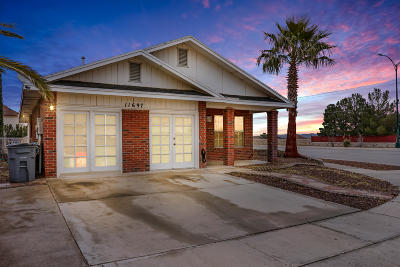 Single Family Home For Sale: 11697 Bell Tower Drive