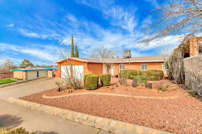 El Paso Single Family Home For Sale: 5545 Carousel Drive