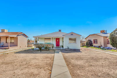 Single Family Home For Sale: 2210 Arizona Avenue