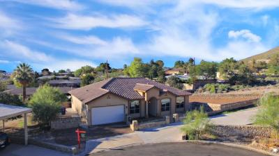Mission Hills Single Family Home Active With Contingency: 3715 Laguna Lane