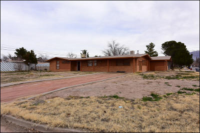 El Paso Single Family Home For Sale: 4464 Eleanor Way