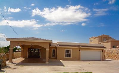 Single Family Home For Sale: 8408-B Mercury