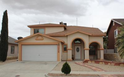 Single Family Home For Sale: 13778 Paseo Las Nubes Drive