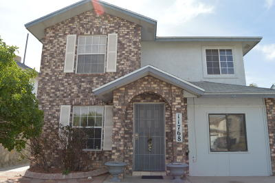 Single Family Home For Sale: 11768 Two Towers Drive