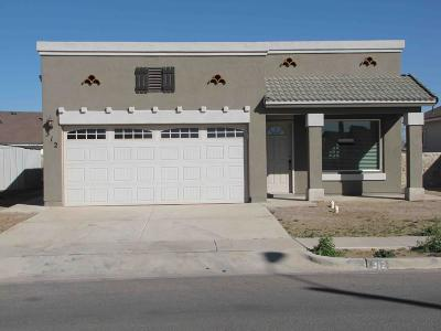 El Paso Single Family Home For Sale: 907 Sgt Jose Gonzales Road