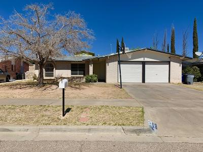 Single Family Home For Sale: 3431 Dial Rock Lane