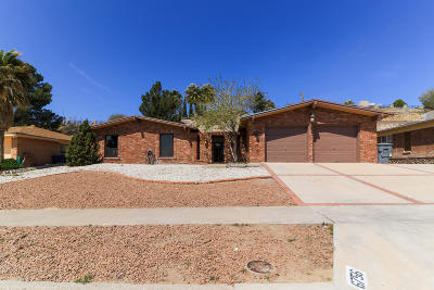 Single Family Home For Sale: 6756 Fiesta Drive