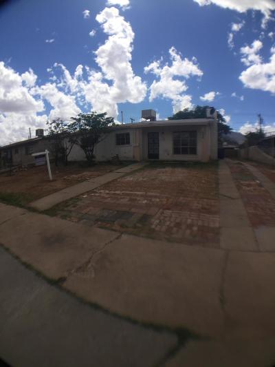 El Paso TX Single Family Home For Sale: $83,000