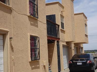 Condo/Townhouse For Sale: 2520 San Jose Avenue #8D
