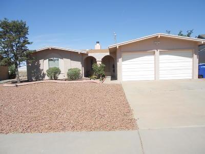 Single Family Home For Sale: 7137 El Cajon Drive