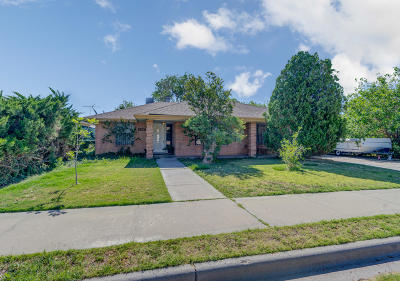 Single Family Home For Sale: 5508 Beechwood Place