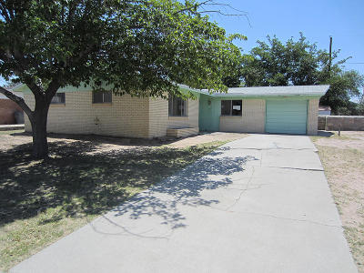 Single Family Home For Sale: 2613 Tahiti Drive