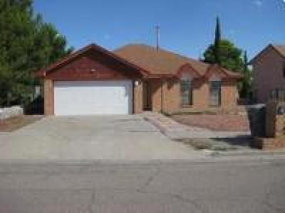 Rental For Rent: 608 Woodcrest Lane