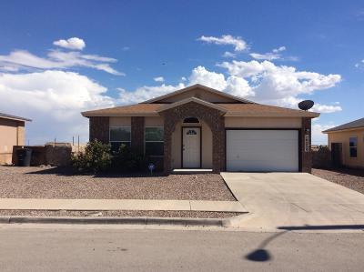 Single Family Home For Sale: 14236 Escalera Drive