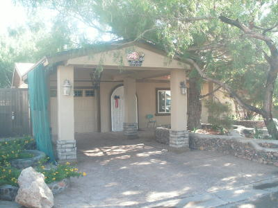 Single Family Home For Sale: 404 Lesa Lane