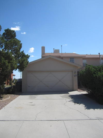 El Paso Rental For Rent: 222 Moon River Street